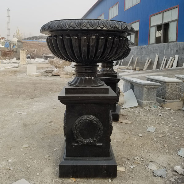 Outdoor Tall Garden Marble Flower Pots Life Size Hot Black Marble planter for Sale -MOKK-40